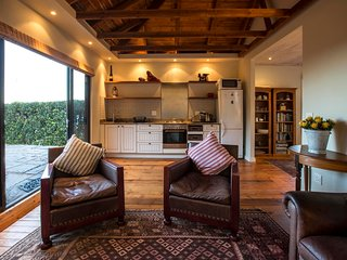Thalassa Seaside Cottage in Nature Reserve, Simon's Town