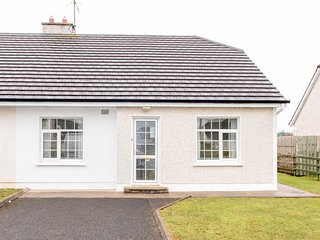 2 Bed Bunhovil  Semi Bungalow, Bundoran