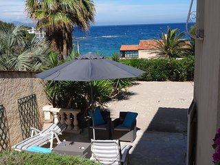 rez de jardin independant dans villa bord de mer, Saint-Aygulf