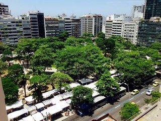Hotel-apartment at Ipanema metro