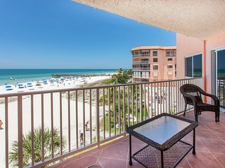2BR, 2BA DIRECT OCEANFRONT LUXURY with 2 Balconies, Indian Shores