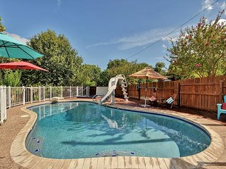 North Austin Backyard Oasis with Pool, Hot Tub and Outdoor Kitchen