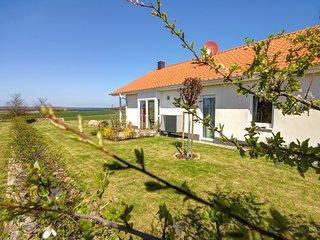 Seepark-Ferienhaus, garden with view