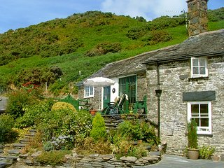 GEUFRON COTTAGE - Spectacular views in Snowdonia, Dolgellau