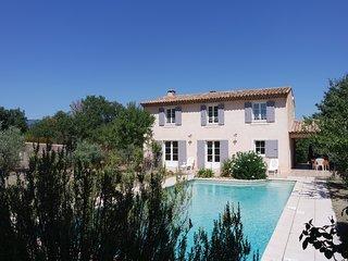Gite avec piscine - Les Oliviers, La Tour d'Aigues