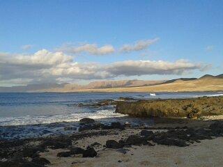 Caleta de Caballo, la playa a 20 pasos, Caleta del Caballo