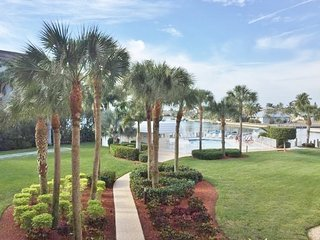 Newly Listed Water-Front Bayview Condo Centrally Located Close to Beach