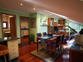 Alegre apartamento bien ubicado, Ourense