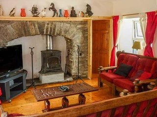SAOIRSE, all ground floor, pet-friendly, countryside views, Ennistymon, Ref 939196