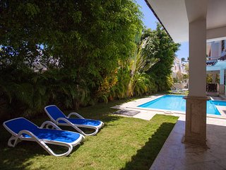 VILLA B, LUXURY PRIVATE POOL&BBQ, RESIDENTIAL LOS CORALES, ONLY $450 APRIL 2018!