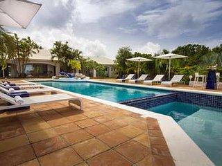 Amazing 4 Bedroom Villa in Terres Basses