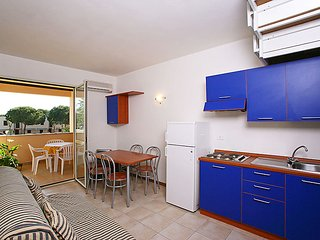 2 bedroom Apartment with Air Con and WiFi - 5055906