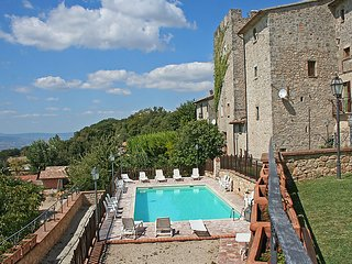 2 bedroom Apartment in Collazzone, Umbria, Italy : ref 5055981
