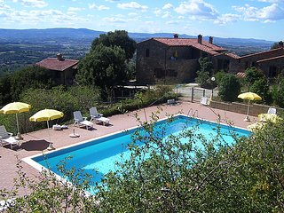 2 bedroom Villa in Panicale, Umbria, Italy : ref 5056015