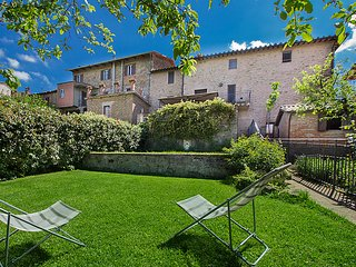 5 bedroom Villa in Piegaro, Umbria, Italy : ref 5039291