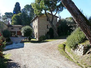 3 bedroom Apartment in Citta della Pieve, Umbria, Italy : ref 5056038