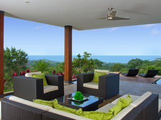 Majestic Views! Infinity Pool! Concierge Service!, Playa Grande
