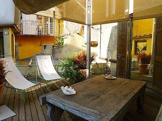 2 bedroom Apartment in Roma: Piazza Navona   Campo dei Fiori, Lazio, Italy : ref 2218704, Colonna