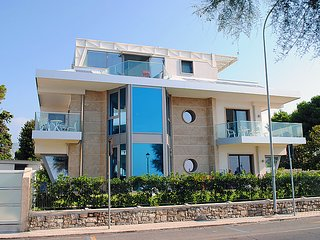 4 bedroom Apartment in Terracina, Latium, Italy : ref 5036345