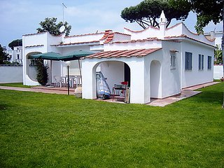 3 bedroom Villa in Porto Badino, Latium, Italy : ref 5036905