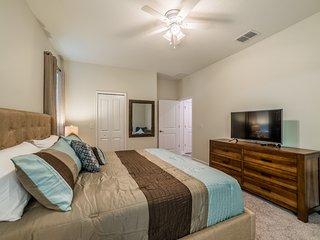 Champions Gate Resort - 9BD/5BA Pool Home - Sleeps 22 - Platinum, Four Corners