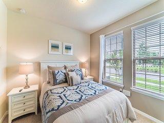 Westside Resort - 8BD/6BA Pool Home - Sleeps 16 - Platinum, Four Corners