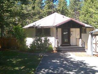 2684 Wailaki Cupcake Cottage, South Lake Tahoe