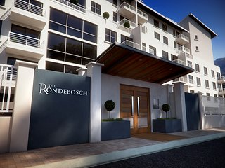 Self catering apartment, Rondebosch, Cape Town