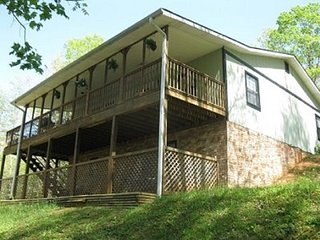 Bear Paw Ridge- Ocoee river area rentals, Turtletown