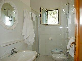 3 bedroom Villa in Vieste, Puglia, Italy : ref 2014701