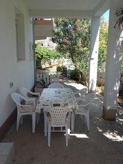 A1(4+2): garden terrace