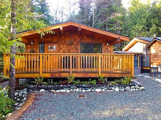 #51 Rod's Roost / 1BR / Pet Friendly, Port Renfrew