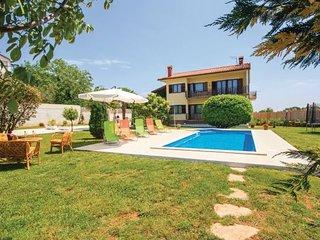 6 bedroom Villa in Barban-Orihi, Barban, Croatia : ref 2183489