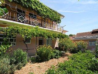 7 bedroom Villa in Vinisce, Splitsko-Dalmatinska Zupanija, Croatia : ref 5061391