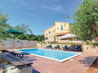 6 bedroom Villa in Duga Uvala-Pavicini, Duga Uvala, Croatia : ref 2218914