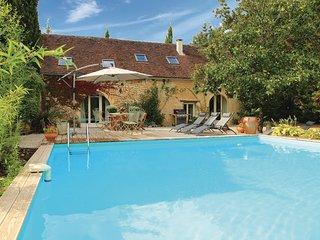 3 bedroom Villa in Les Farges, Dordogne, France : ref 2220941
