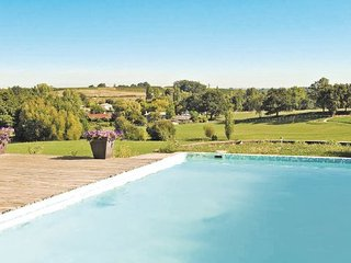 4 bedroom Villa in Montussan, Gironde, France : ref 2221592