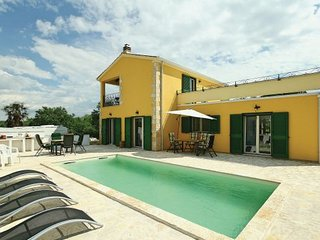 5 bedroom Villa in Porec-Tar, Porec, Croatia : ref 2238434