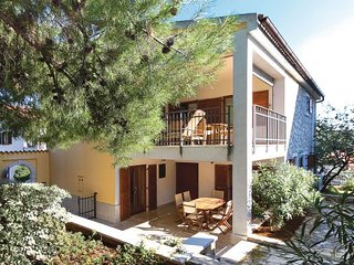4 bedroom Villa in Vrsar, Vrsar, Croatia : ref 2238536