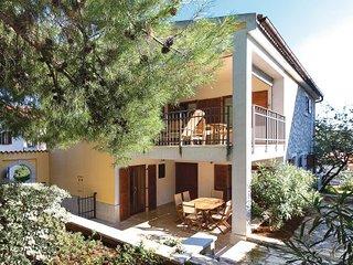 4 bedroom Villa in Vrsar, Vrsar, Croatia : ref 2238536