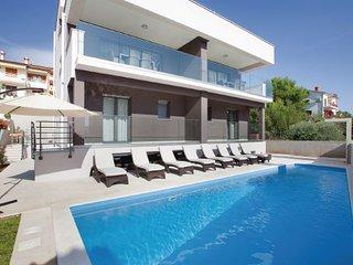 4 bedroom Villa in Rabac, Rabac, Croatia : ref 2238584