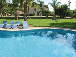 4 bedroom Villa in Maria de la Salut, Majorca, Mallorca : ref 2239696