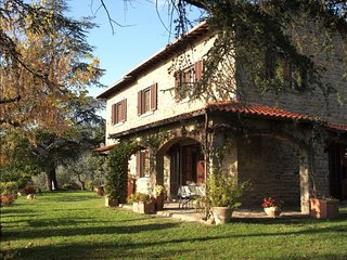 4 bedroom Villa in Pergo, TUSCANY, Italy : ref 2244496