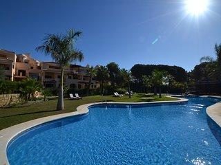 2 bedroom Apartment in Las Mimosas, Puerto Banus, Spain : ref 2245722