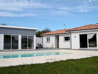 3 bedroom Villa in Orx, Les Landes, France : ref 2253253