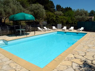 3 bedroom Villa in Le Beausset, Provence, France : ref 2255470