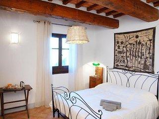 4 bedroom Villa in Il Castagno, Tuscany, Italy : ref 2268202, Montalla