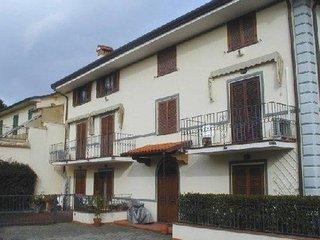 2 bedroom Apartment in Pietrasanta, Tuscany, Italy : ref 2269561