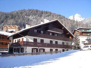 2 bedroom Villa in Campitello Di Fassa, Trentino Alto Adige, Italy : ref 2269976