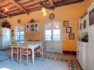 3 bedroom Villa in Livorno, Tuscany, Italy : ref 2270053, Livourne